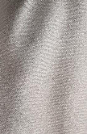 Женский платок из смеси шерсти и шелка GIORGIO ARMANI серого цвета, арт. 795301/9P103 | Фото 2
