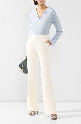 Женская шелковая блузка KITON голубого цвета, арт. D47443K09R44 | Фото 2 (Длина (для топов): Стандартные; Материал внешний: Шелк; Статус проверки: Проверена категория; Рукава: Длинные; Принт: Без принта; Женское Кросс-КТ: Блуза-одежда)