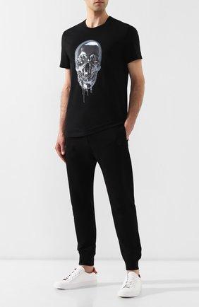 Мужской хлопковые джоггеры ALEXANDER MCQUEEN черного цвета, арт. 575468/QNX43 | Фото 2
