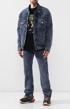 Мужская джинсовая куртка BALENCIAGA синего цвета, арт. 583230/TFW01 | Фото 2