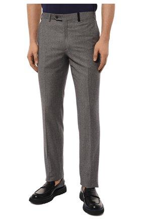 Мужские шерстяные брюки BRIONI серого цвета, арт. RPN20M/08A9V/GSTAAD   Фото 3 (Материал внешний: Шерсть; Длина (брюки, джинсы): Стандартные; Стили: Классический; Случай: Формальный; Статус проверки: Проверено, Проверена категория; Материал подклада: Купро)