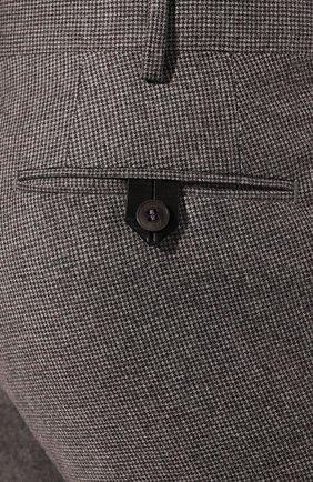 Мужские шерстяные брюки BRIONI серого цвета, арт. RPN20M/08A9V/GSTAAD   Фото 5 (Материал внешний: Шерсть; Длина (брюки, джинсы): Стандартные; Стили: Классический; Случай: Формальный; Статус проверки: Проверено, Проверена категория; Материал подклада: Купро)