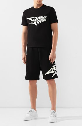Мужская хлопковая футболка GIVENCHY черного цвета, арт. BM70QN30EG | Фото 2