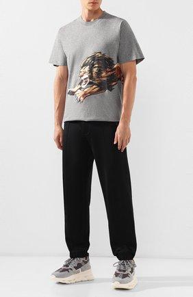 Мужская хлопковая футболка  GIVENCHY серого цвета, арт. BM70ED3002 | Фото 2