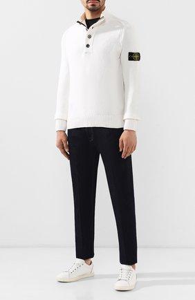 Мужской шерстяной свитер STONE ISLAND белого цвета, арт. 7115532A3 | Фото 2