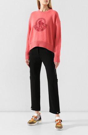 Женский пуловер из смеси шерсти и кашемира MONCLER розового цвета, арт. E2-093-90559-52-A9235 | Фото 2