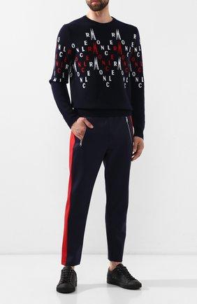 Мужской брюки MONCLER темно-синего цвета, арт. E2-091-87072-00-C8005 | Фото 2