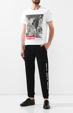 Мужская хлопковая футболка MONCLER белого цвета, арт. E2-091-80483-50-8390T | Фото 2