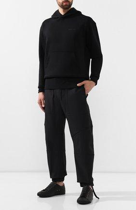 Мужские брюки BOTTEGA VENETA черного цвета, арт. 578195/VA5S0 | Фото 2