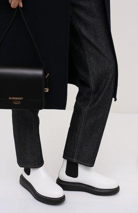 Женские кожаные челси ALEXANDER MCQUEEN черно-белого цвета, арт. 586398/WHX52 | Фото 2 (Материал внутренний: Натуральная кожа; Подошва: Платформа; Женское Кросс-КТ: Челси-ботинки; Статус проверки: Проверена категория)