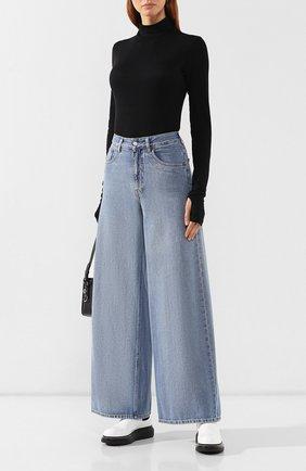 Женские джинсы MM6 голубого цвета, арт. S52LA0094/S30460 | Фото 2