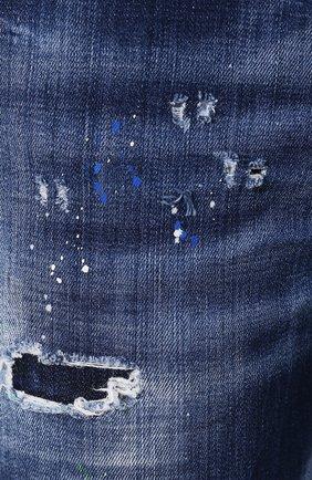 Женские джинсы с потертостями DSQUARED2 синего цвета, арт. S72LB0209/S30342 | Фото 5