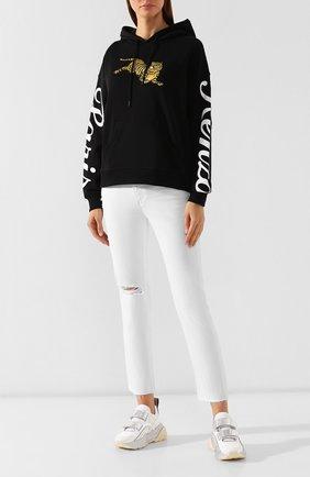 Женские джинсы с потертостями AG белого цвета, арт. DSD1753RH/01Y0BW | Фото 2