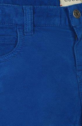 Детские хлопковые брюки GUCCI синего цвета, арт. 566100/XDAN0 | Фото 3