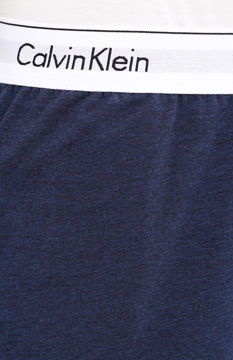 Мужские хлопковые шорты CALVIN KLEIN синего цвета, арт. NM1593E | Фото 5