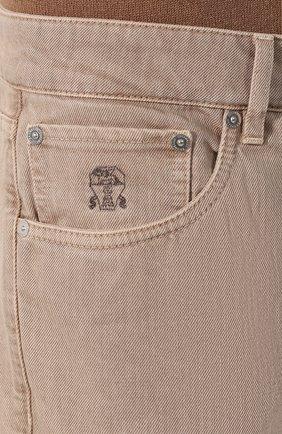 Мужские джинсы BRUNELLO CUCINELLI светло-бежевого цвета, арт. M051KB2210 | Фото 5