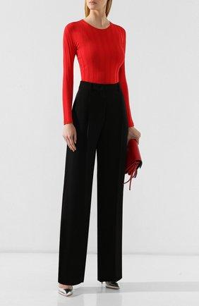 Женский пуловер GIORGIO ARMANI красного цвета, арт. 6GAM10/AM30Z | Фото 2 (Статус проверки: Проверено, Проверена категория; Длина (для топов): Стандартные; Рукава: Длинные; Материал внешний: Синтетический материал, Полиэстер, Вискоза; Рукава от горловины: Длинные; Женское Кросс-КТ: Пуловер-одежда)