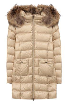 Пуховое пальто с меховой отделкой | Фото №1