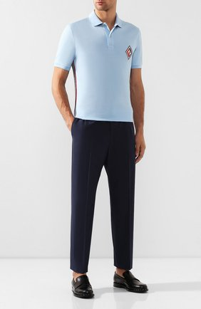 Мужской хлопковые брюки GUCCI темно-синего цвета, арт. 568612/ZABWZ | Фото 2