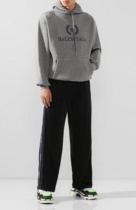 Мужской брюки BALENCIAGA черного цвета, арт. 583837/TEV24 | Фото 2