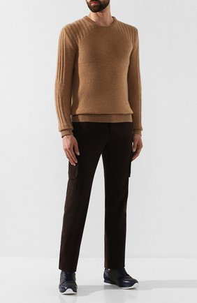 Мужской хлопковые брюки-карго KITON коричневого цвета, арт. UFPPCAJ03S69   Фото 2