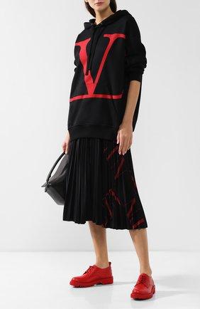Женская плиссированная юбка VALENTINO черного цвета, арт. SB3MD00U4T1 | Фото 2