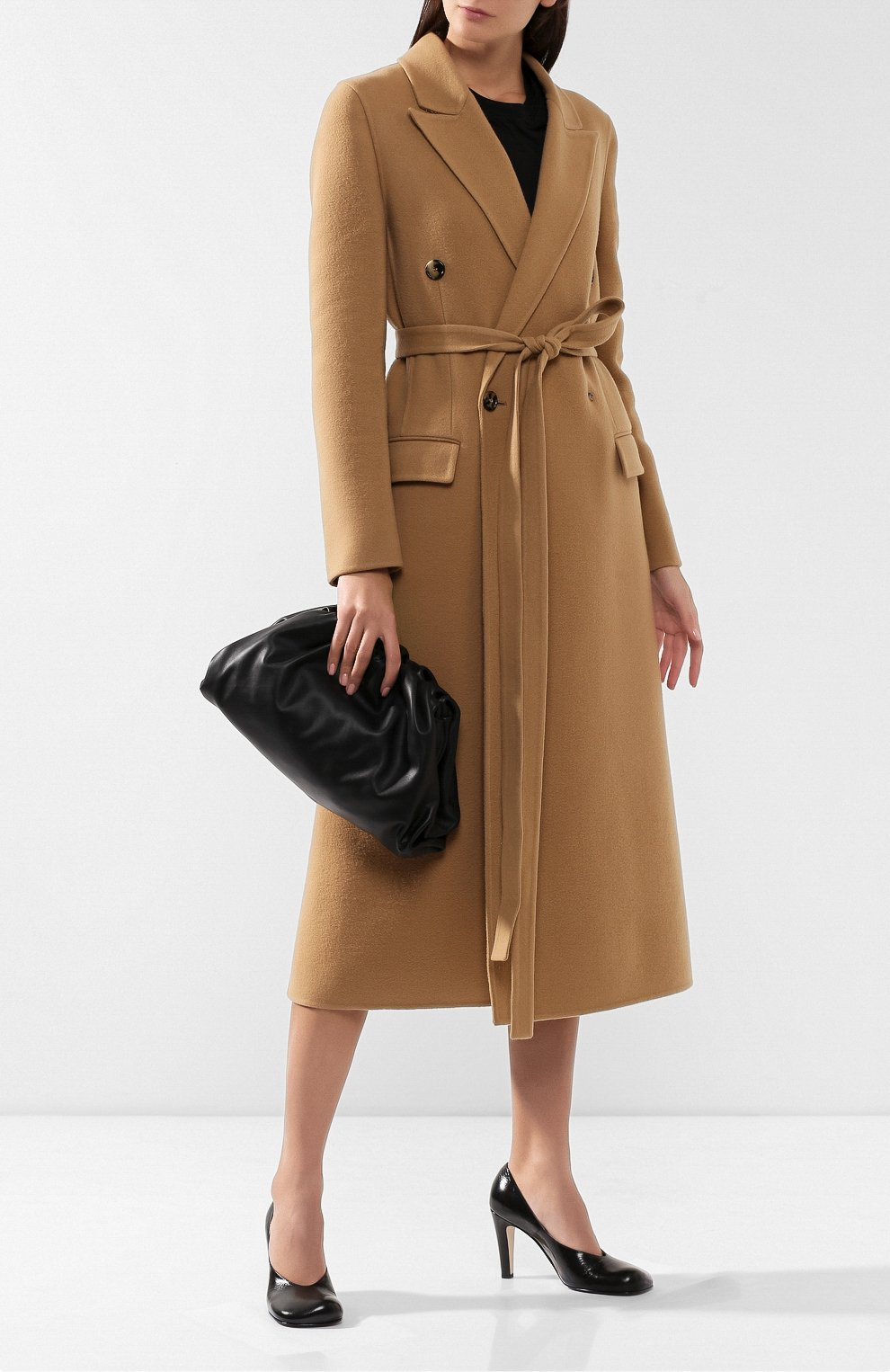 Женский клатч pouch  BOTTEGA VENETA черного цвета, арт. 576227/VBIU5 | Фото 2