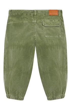 Детские хлопковые брюки GUCCI хаки цвета, арт. 566099/XDANV | Фото 2