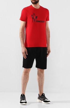 Мужская хлопковая футболка MONCLER красного цвета, арт. E2-091-80486-50-8390T | Фото 2