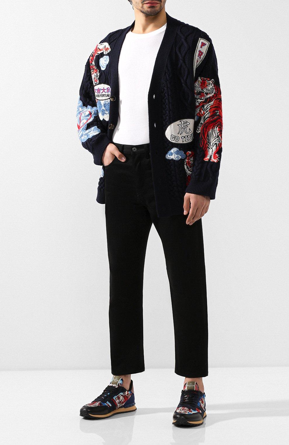 Мужские джинсы VALENTINO черного цвета, арт. SV0DE00H5T9   Фото 2