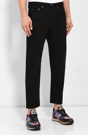 Мужские джинсы VALENTINO черного цвета, арт. SV0DE00H5T9   Фото 3