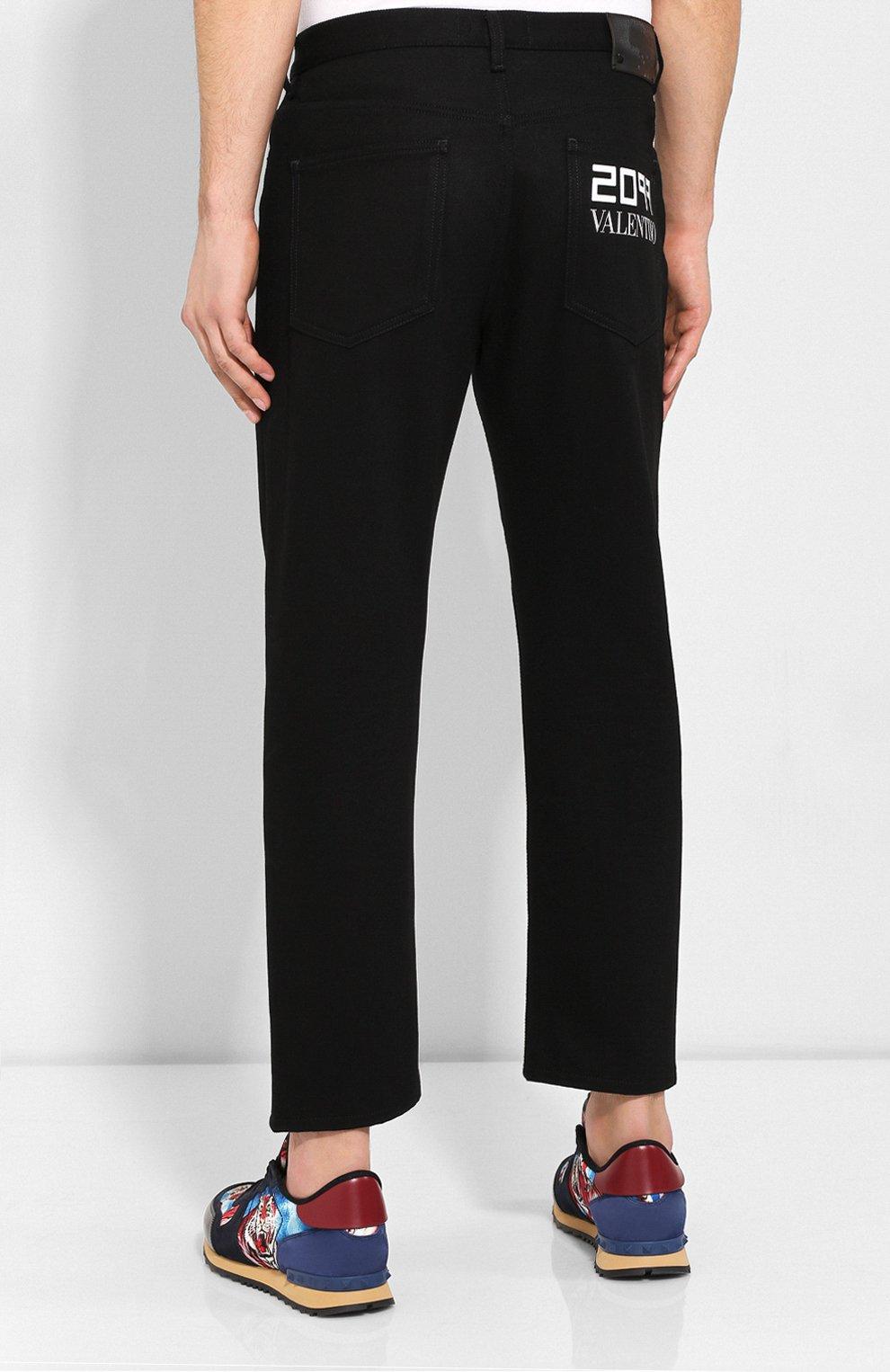 Мужские джинсы VALENTINO черного цвета, арт. SV0DE00H5T9   Фото 4