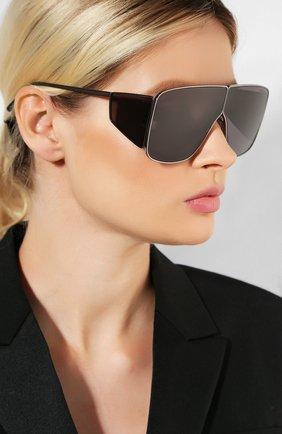 Женские солнцезащитные очки TOM FORD темно-серого цвета, арт. TF708 08A | Фото 2