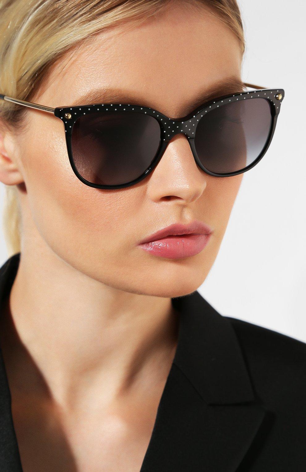 Женские солнцезащитные очки DOLCE & GABBANA черного цвета, арт. 4333-31268G | Фото 2
