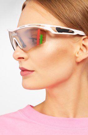 Женские солнцезащитные очки iceberg x linda farrow ICEBERG разноцветного цвета, арт. ICE1C1 SUN | Фото 2