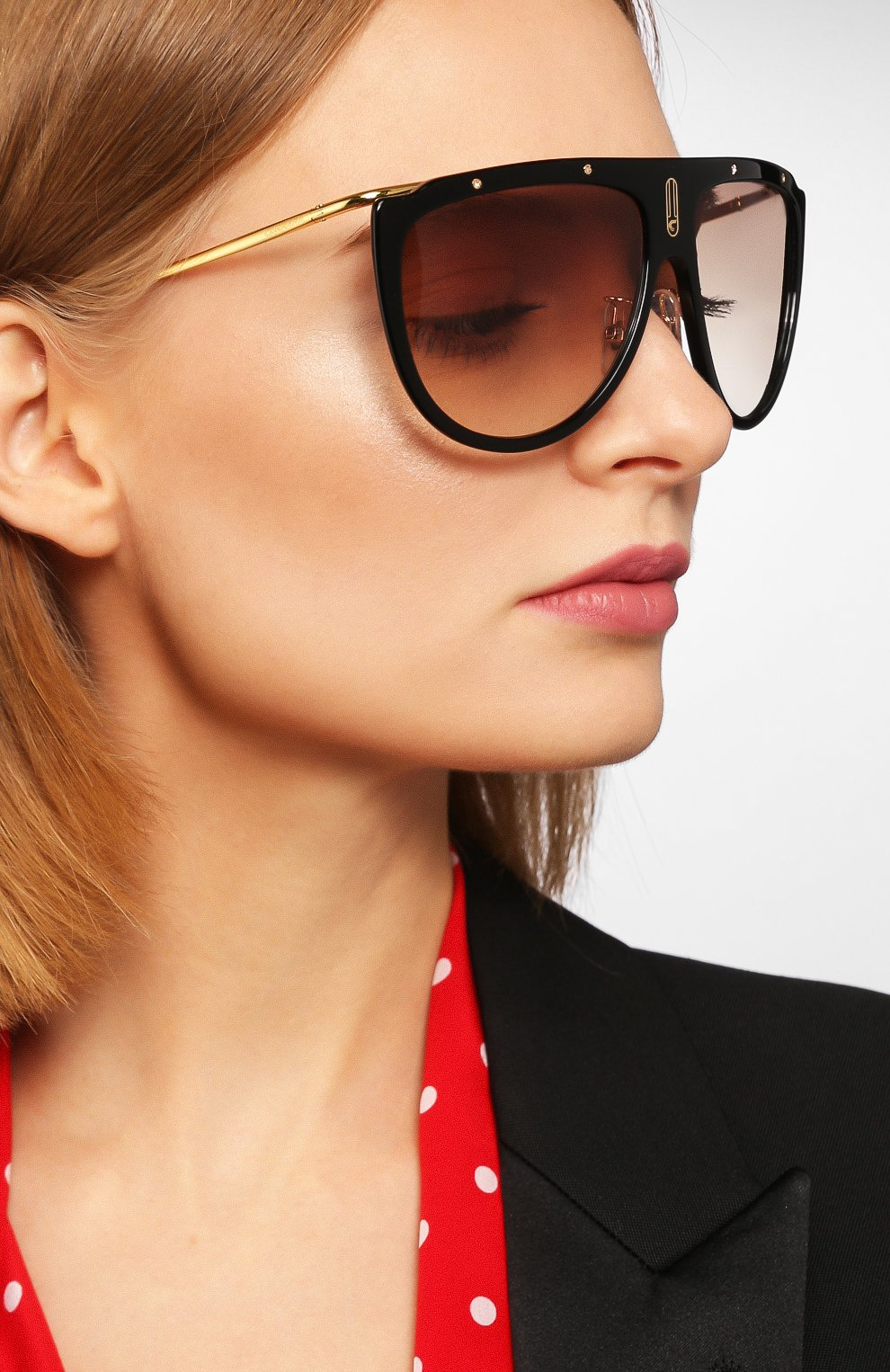 Женские солнцезащитные очки CARRERA коричневого цвета, арт. CARRERA 1023 2M2   Фото 2 (Тип очков: С/з; Статус проверки: Проверено, Проверена категория; Очки форма: Маска, D-форма; Оптика Гендер: оптика-унисекс)