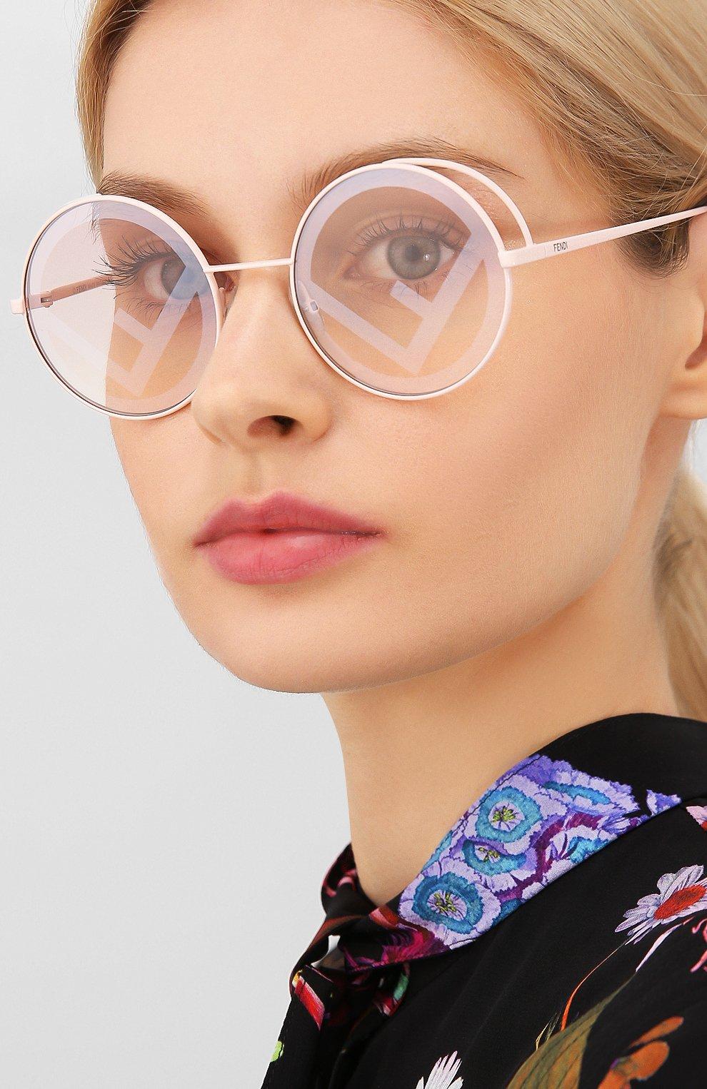 Женские солнцезащитные очки FENDI светло-розового цвета, арт. 0343 35J | Фото 2