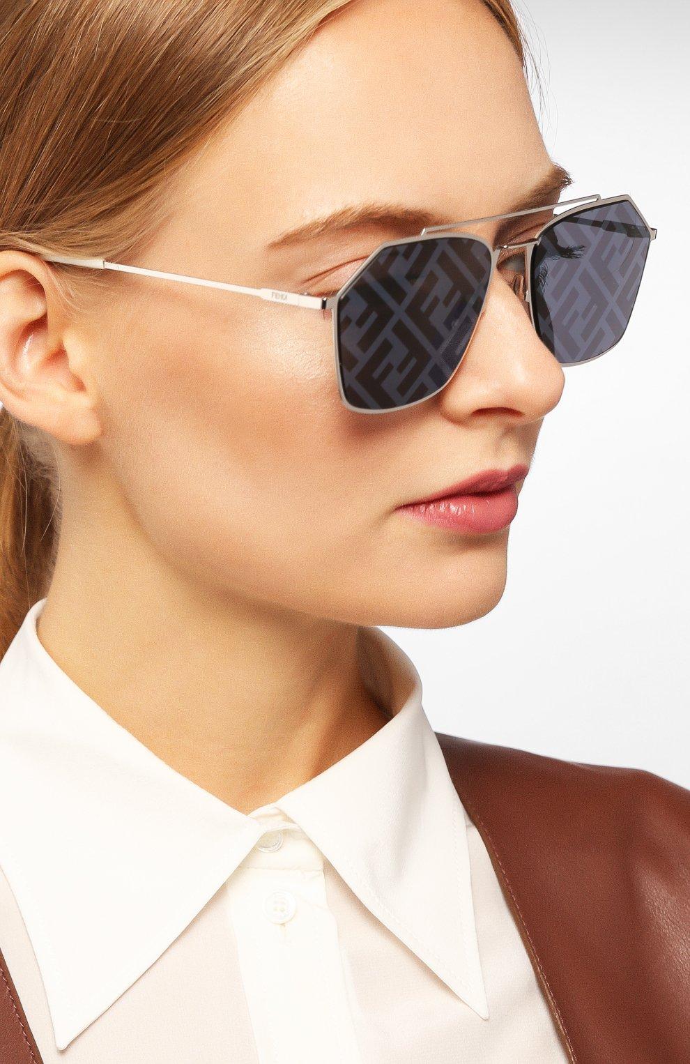 Женские солнцезащитные очки FENDI серебряного цвета, арт. M0022 85L | Фото 2
