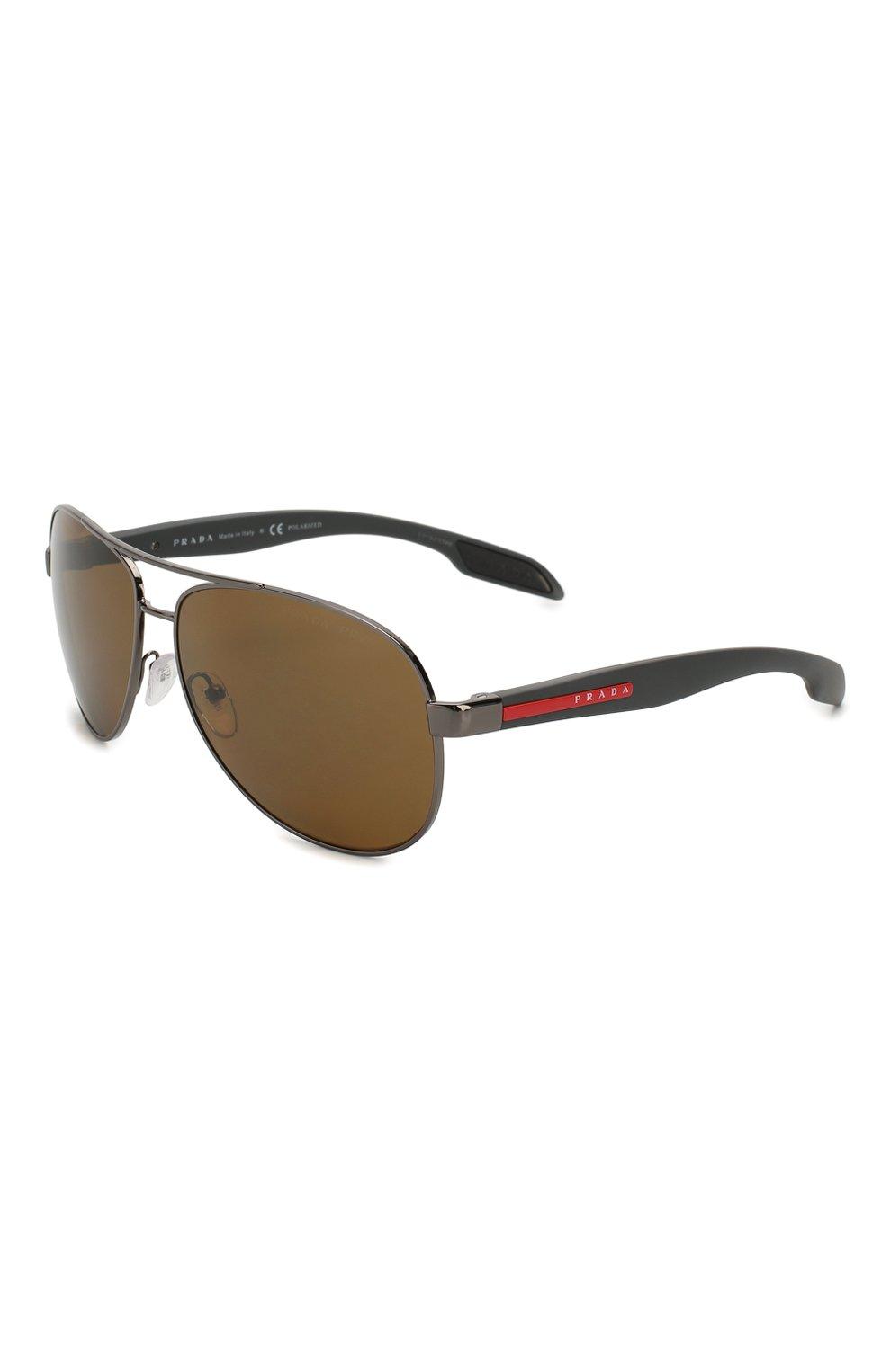 Мужские солнцезащитные очки PRADA LINEA ROSSA темно-серого цвета, арт. 53PS-5AV5Y1 | Фото 1