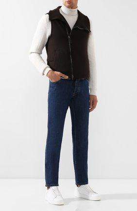 Мужской кашемировый жилет GIORGIO ARMANI коричневого цвета, арт. 9WGGK014/J000M   Фото 2 (Материал внешний: Кашемир, Шерсть; Материал утеплителя: Шерсть; Длина (верхняя одежда): Короткие; Статус проверки: Проверена категория; Мужское Кросс-КТ: Верхняя одежда; Кросс-КТ: Куртка; Стили: Кэжуэл)