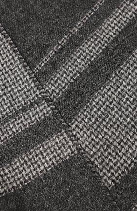Мужской шарф из смеси шелка и кашемира BRIONI серого цвета, арт. 031E00/08374   Фото 2