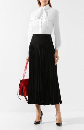 Женская хлопковая блузка GIORGIO ARMANI белого цвета, арт. 9WHCCZ31/TZ350   Фото 2 (Рукава: Длинные; Статус проверки: Проверена категория; Материал внешний: Хлопок; Длина (для топов): Удлиненные; Принт: Без принта; Женское Кросс-КТ: Блуза-одежда)