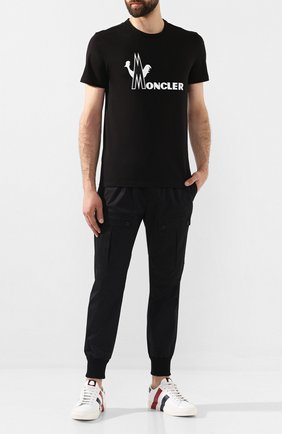 Мужская хлопковая футболка MONCLER черного цвета, арт. E2-091-80486-50-8390T | Фото 2