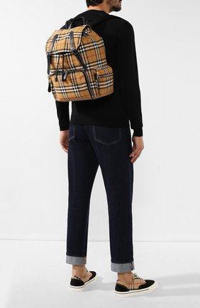 Мужской текстильный рюкзак BURBERRY бежевого цвета, арт. 8005141 | Фото 2