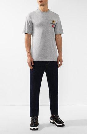 Мужская хлопковая футболка BURBERRY серого цвета, арт. 8017495 | Фото 2