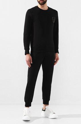 Мужской хлопковые джоггеры ALEXANDER MCQUEEN черного цвета, арт. 582948/QNX43 | Фото 2