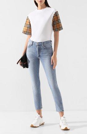 Женская хлопковая футболка BURBERRY белого цвета, арт. 8014896 | Фото 2 (Силуэт Ж (для верхов): Приталенный; Рукава: Короткие; Материал внешний: Хлопок; Стили: Кэжуэл)