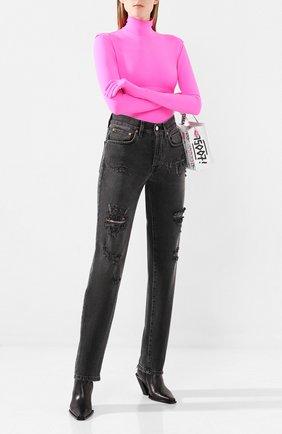 Женские джинсы с потертостями VETEMENTS черного цвета, арт. WAH20PA309 | Фото 2