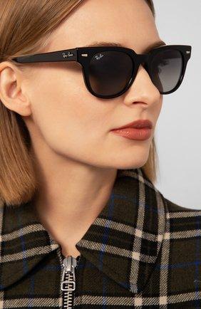 Женские солнцезащитные очки RAY-BAN черного цвета, арт. 2168-901/71 | Фото 2