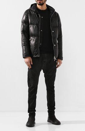 Мужская кожаный пуховик GIORGIO BRATO черного цвета, арт. GU20F9200CRIDFEAR   Фото 2 (Материал подклада: Синтетический материал; Длина (верхняя одежда): Короткие; Мужское Кросс-КТ: Пуховик-верхняя одежда, Кожа и замша, Верхняя одежда, пуховик-короткий; Кросс-КТ: Пуховик, Куртка; Рукава: Длинные, 3/4)